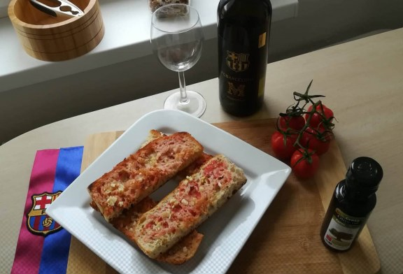 "Katalánsky paradajkový chlieb ""Pa amb Tomàquet"""