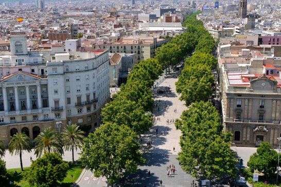 La Rambla, ako vznikla a čo ukrýva táto ikonická ulica Barcelony?